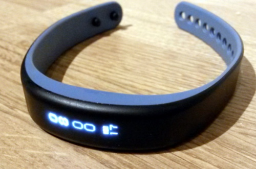 Garmin Vivosmart in blue
